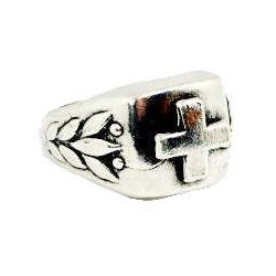 Keltischer Ring mit gotischem Kreuz