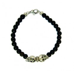 Beaded resin bracelet with two skulls from XXL Hardwear